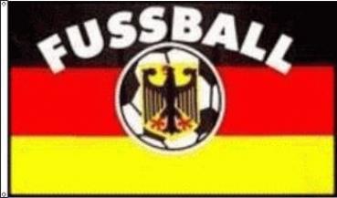 Flagge Deutschland mit Fußball 90 x 150 cm